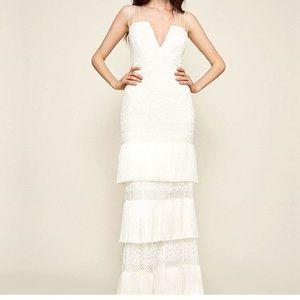 Tadashi Shoji V-Plunge Fringed dress/bridal ivory
